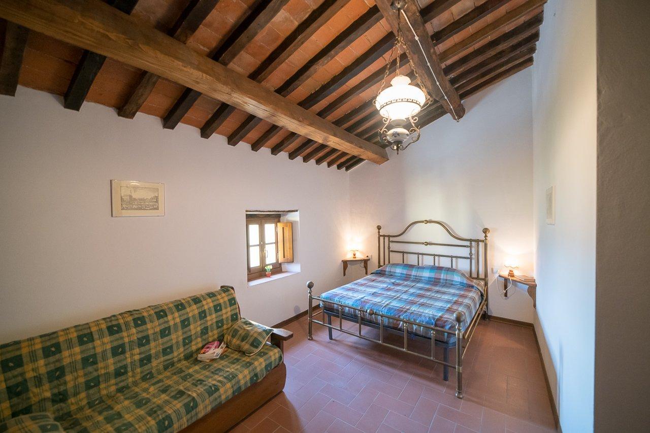 FATTORIA DI CINTOIA - Room Rosa, Appartamenti Camere Suites ...