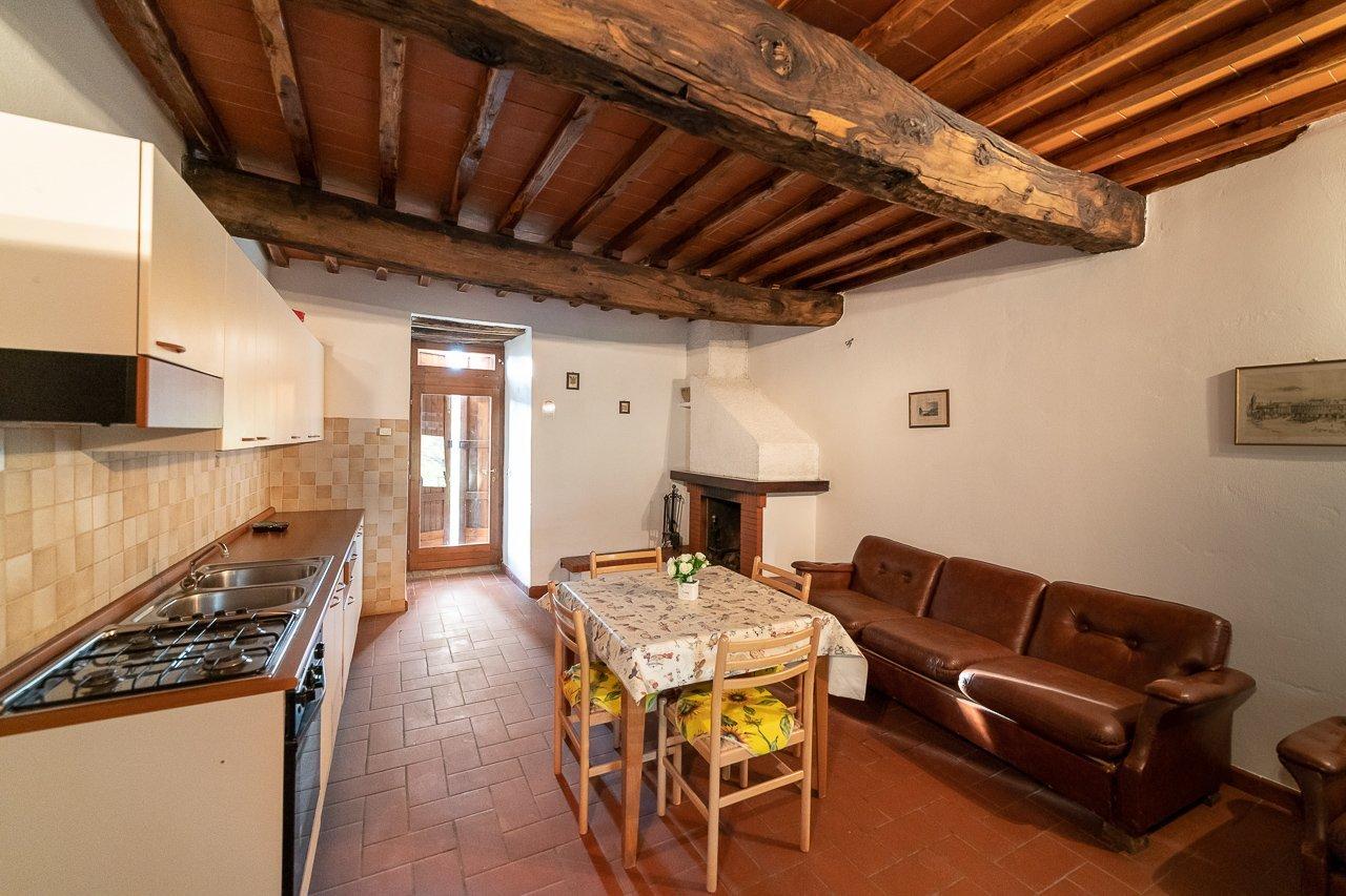 FATTORIA DI CINTOIA - Appartamento Noce, Appartamenti Camere ...